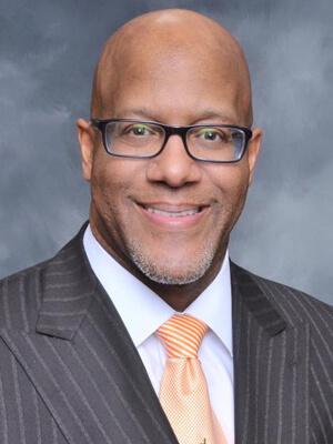 Pastor-Stephen-Thurston
